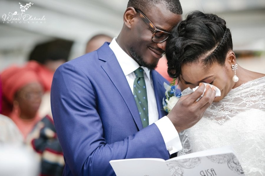 emotional outdoor wedding ceremony at federal palace in lagos