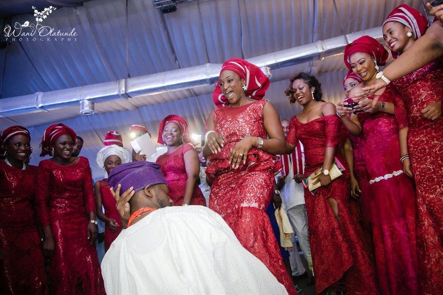 red asoebi aso-ebi aso ebi yoruba wedding wani olatunde photo