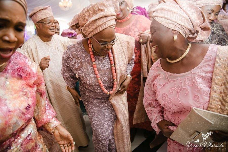 mother of the groom dancing d venue lagos wani olatunde