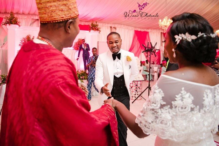 couple dancing into d venue oniru wani olatunde