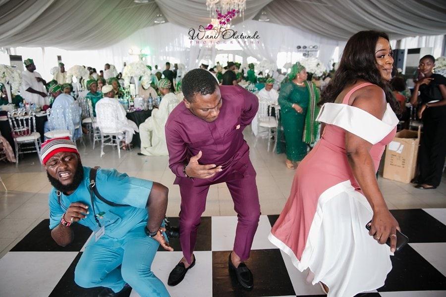 guests dancing bics garden wedding wani olatunde