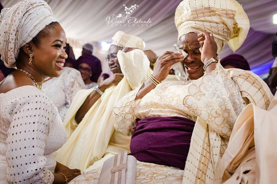emotional yoruba wedding mum crying wani olatunde
