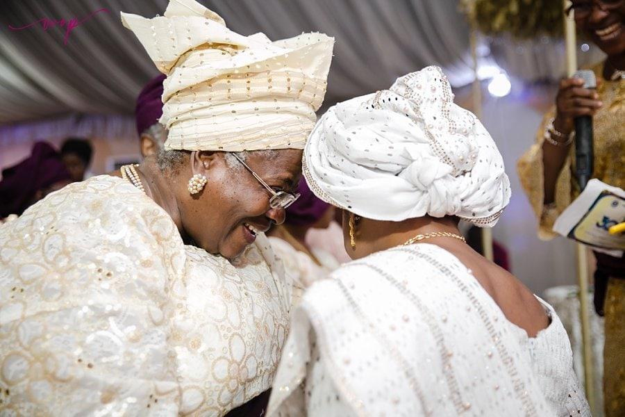 heartwarming mother daughter wedding moment wani olatunde
